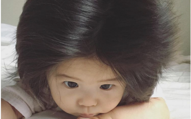 sc 1 st  grape & Adorable Japanese Baby Goes Viral for Amazingly Thick Hair u2013 grape Japan