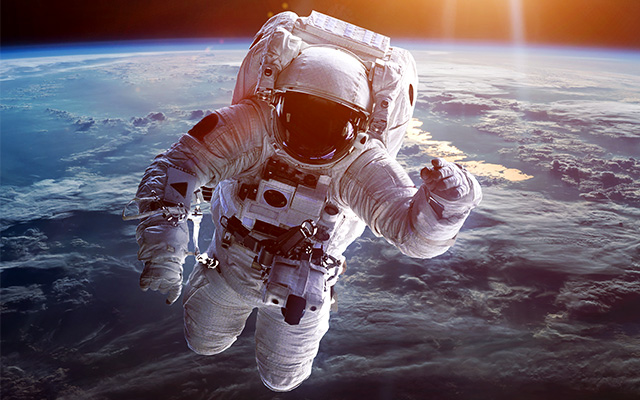 NASAが賞金3万ドルで「宇宙服内蔵トイレ」公募 題して「NASA宇宙うんちチャレンジ!」 – grape [グレイプ]