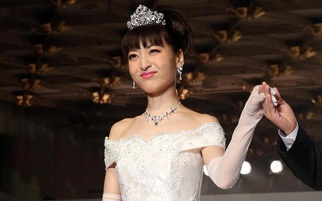 神田沙也加が結婚!インスタで父・神田正輝と夫の3ショットを公開