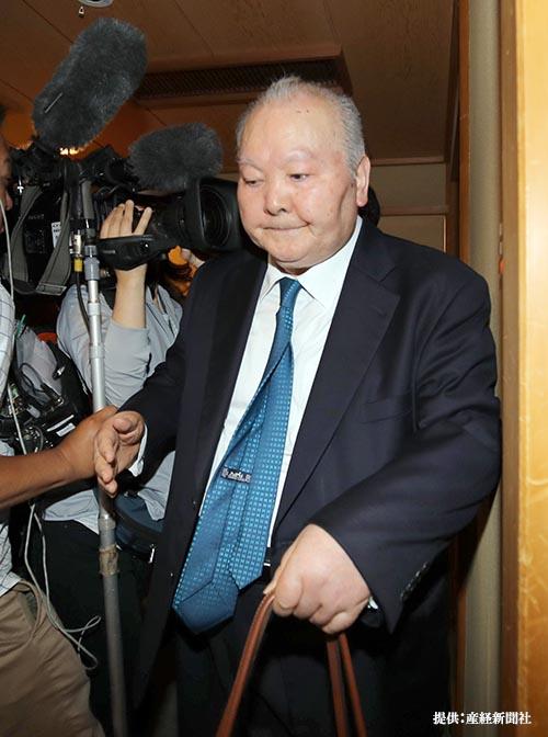 引退決定後、マスコミの取材を拒否した加藤一二三 九段 理由に羽生夫人 ...