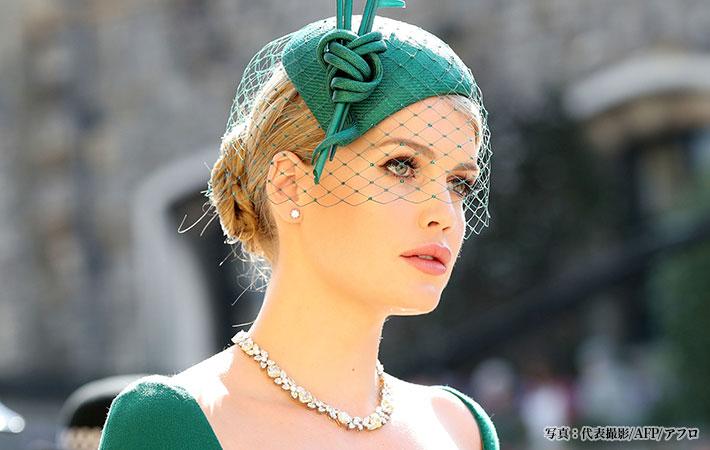 イギリス王室の結婚式で話題 謎...