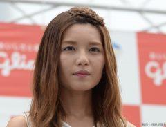 宇野実彩子が『彼女』感のある写真をインスタに公開! まぶしい笑顔に「妖精みたい」