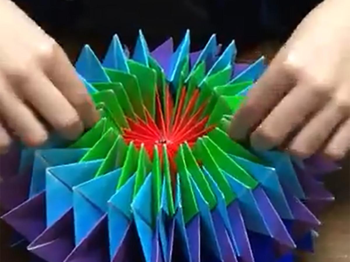 万華鏡 作り方 折り紙