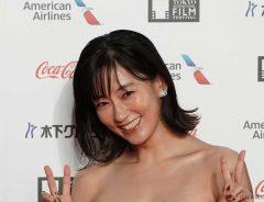 インスタライブに窪田正孝がサプライズ出演!水川あさみとのイチャつきっぷりにファン「激レアすぎる」と大興奮