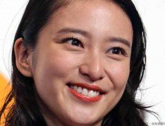 武井咲、過去の貴重なオフショットを連続投稿!「今と変わらない」美しさに注目