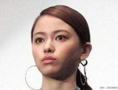 山本舞香のオン眉前髪姿に「若い…」スタッフインスタで過去オフショットが公開!
