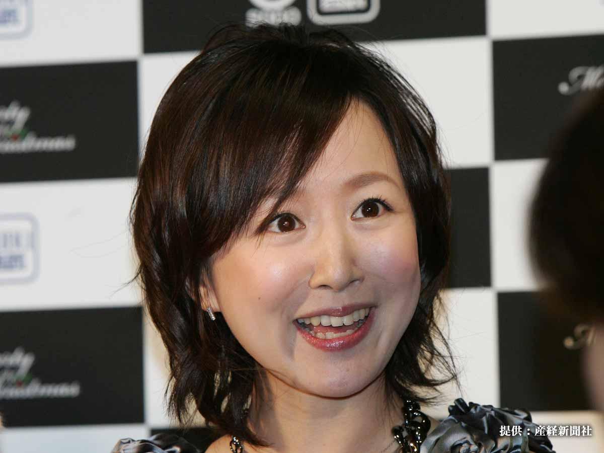 山川恵里佳、『家トレ』で見事なくびれをゲット!腹筋あらわな写真にファン「さらに綺麗になった…」