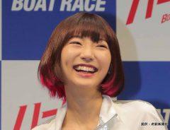 武田玲奈、太ももあらわなミニスカコーデを公開! 「美脚すぎる」と称賛の声