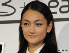 冨永愛のヘアスタイルを、美容師が『シビアな髪型』と命名 「どういうこと?」と困惑