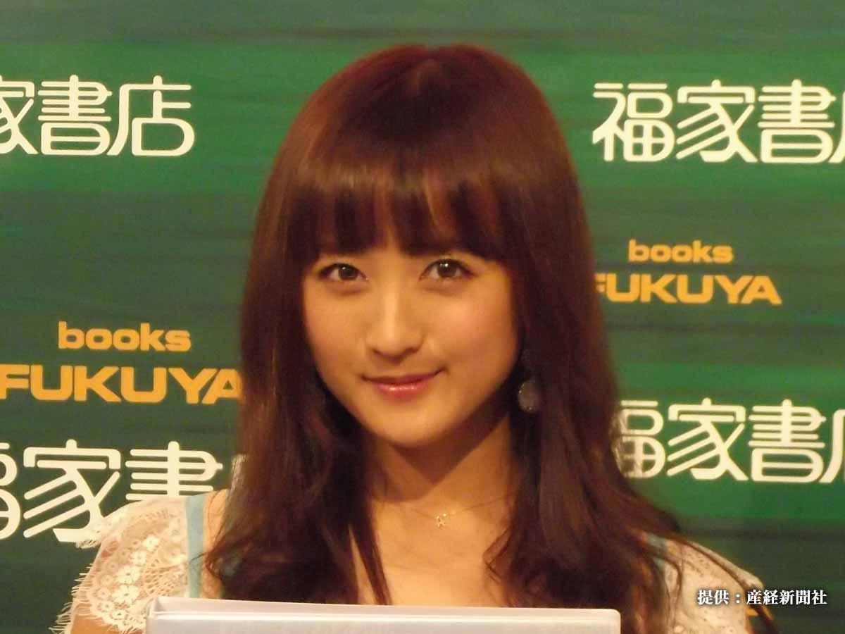 小松彩夏のパジャマ姿にファンの目がハート!「かわいいの暴力」「破壊力やばい」絶賛相次ぐ