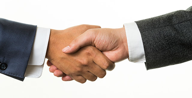 !It is a handshake business talk success