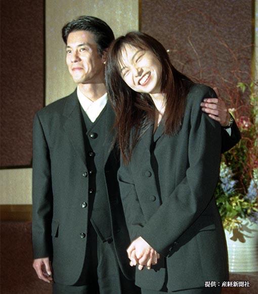 山口智子が子供をもたない理由は、複雑な『生い立ち』にあった? 唐沢寿明との関係性は