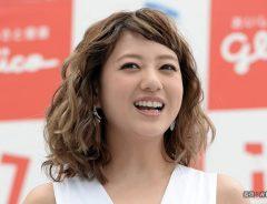 伊藤千晃の『電撃脱退』にメンバーの本音は? 現在の活動に、ファンからは「マジで?」の声が