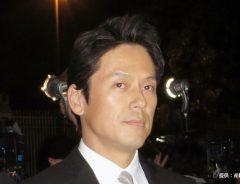 山田純大の妻はどんな人? 父親はあの有名俳優だった!