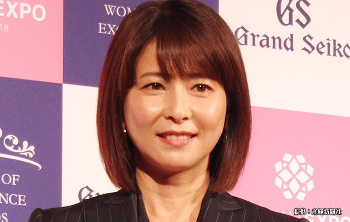 第4回Women of Excellence Awardsを受賞した歌手の森高千里