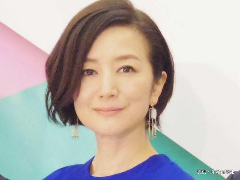 鈴木京香、現在も年齢不詳の美\u2026! 髪型、ファッションも人気