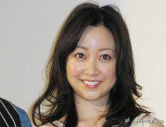 映画『恋する歯車』の完成披露試写会に出席した黒川智花さん 2013年