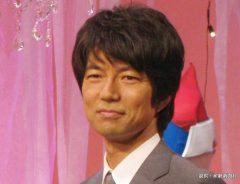ドラマ『怪奇恋愛作戦』の制作発表に登場した仲村トオル 2015年