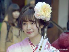 ゆかりある乃木神社で成人式をおこなった乃木坂46の中元日芽香