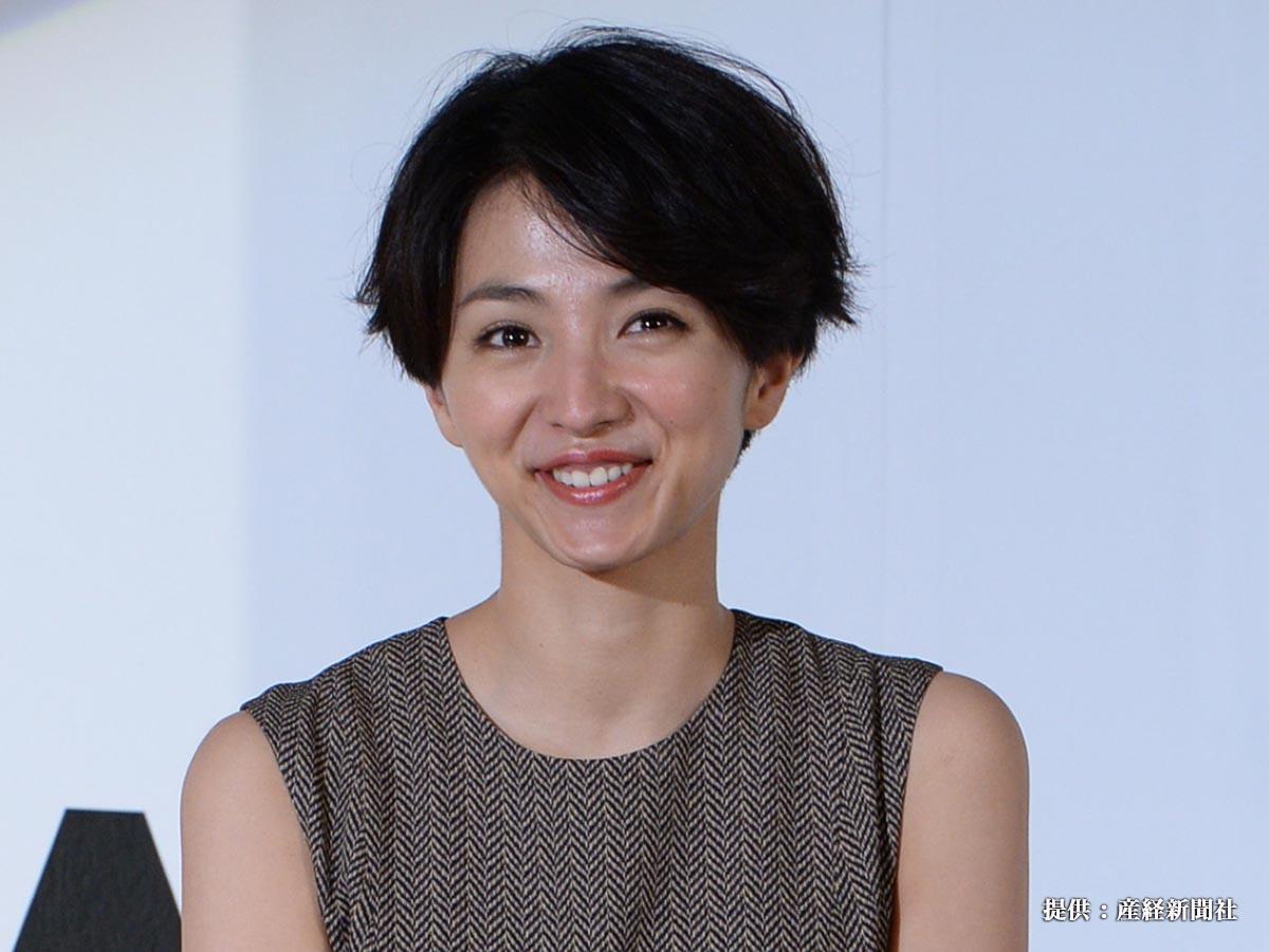 「東京ドラマアウォード2014」授賞式 主演女優賞を受賞した満島ひかり =東京・港区芝公園