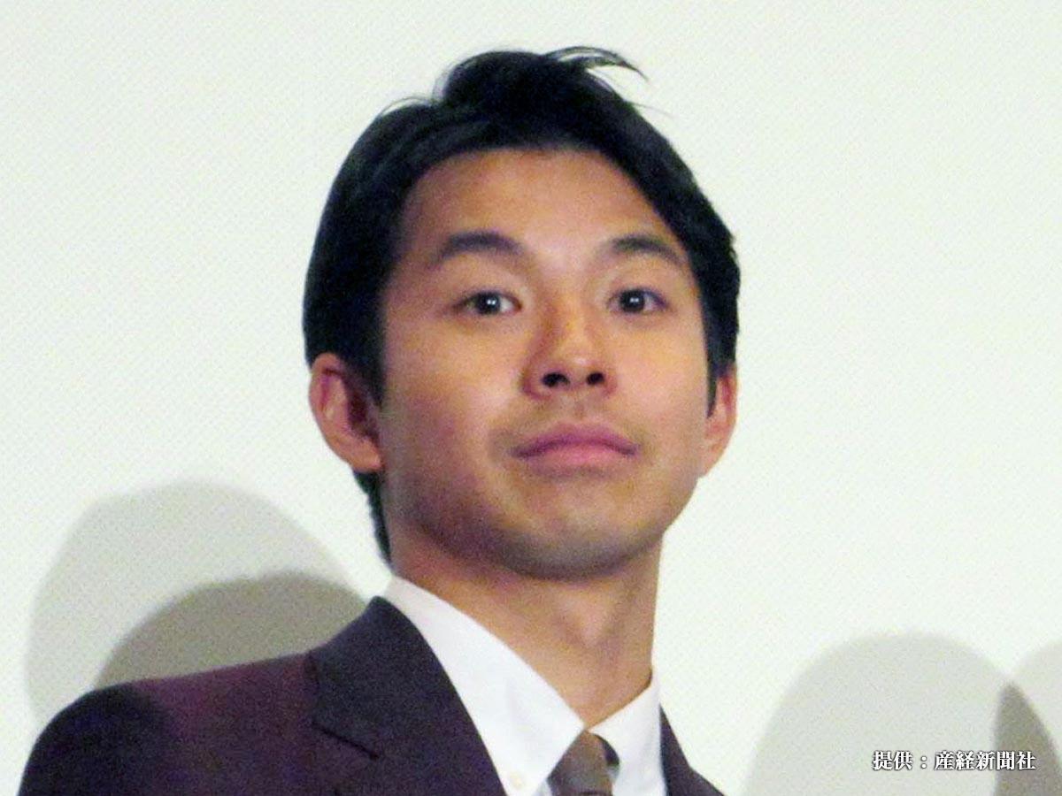 映画「きばいやんせ!私」の初日舞台あいさつに出席した俳優の太賀=東京・有楽町スバル座