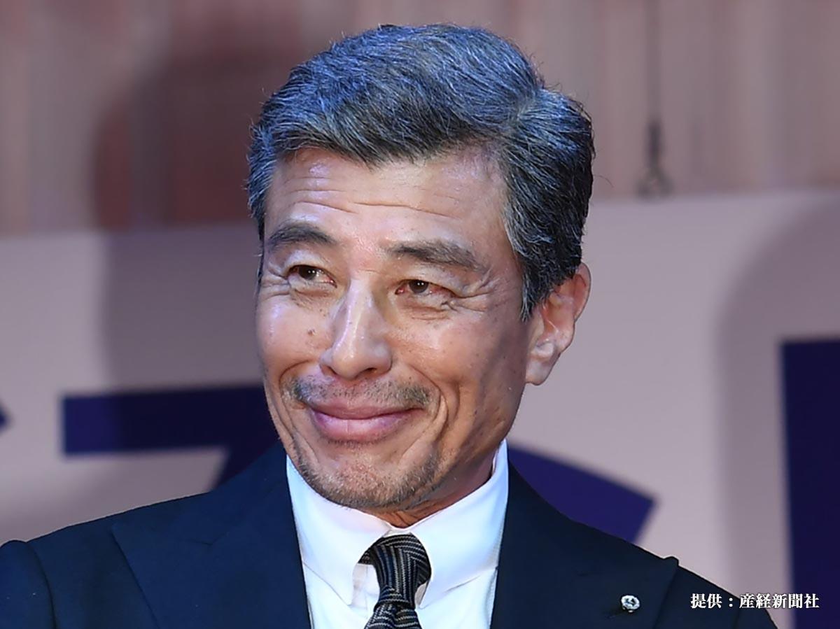 【第30回日本ジュエリーベストドレッサー賞】   受賞した男性部門・舘ひろし