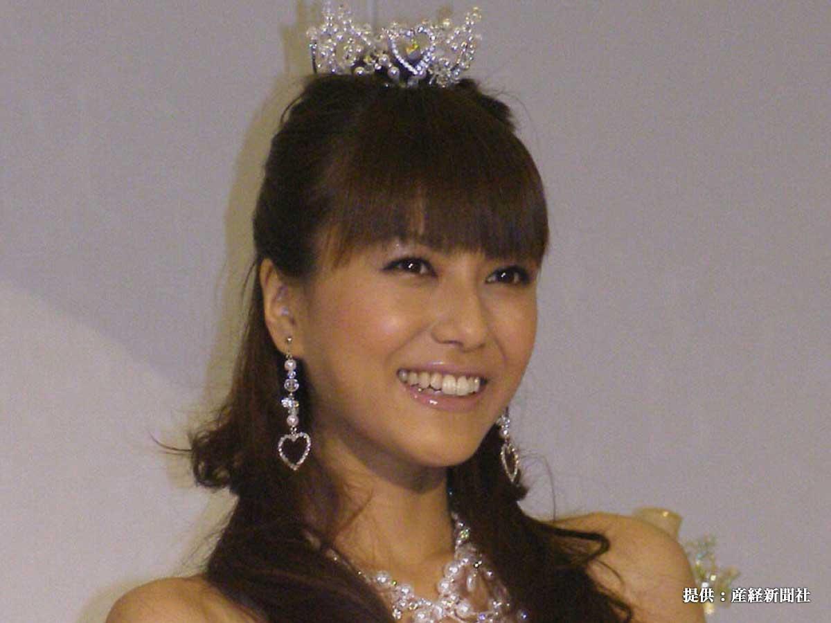 『アヤ・ナ・チュール』の新作発表会に出席した酒井彩名 2008年