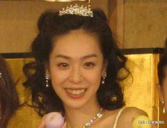 ドラマ『みこん6姉妹2』の会見に出席した遊井亮子 2008年