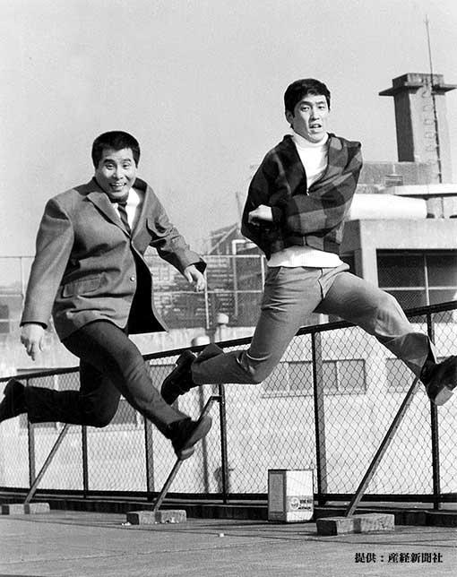左から坂上二郎、萩本欽一 1970年
