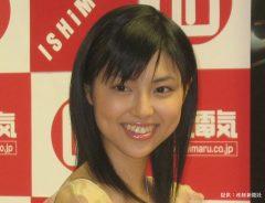 アニメDVD発売イベントに参加した、アイドルユニット『美少女クラブ31』のリーダー、渋谷飛鳥