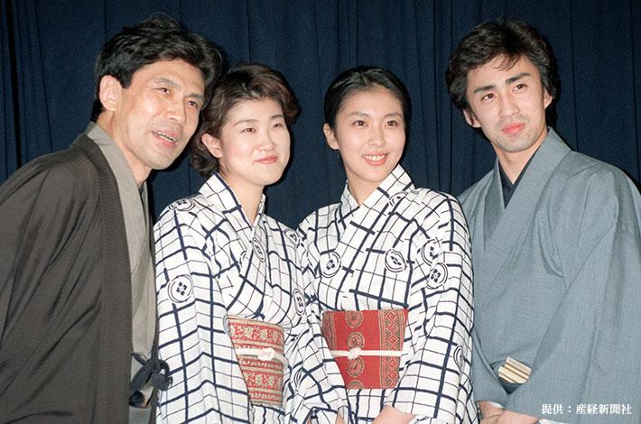 勢揃いした歌舞伎の松本ファミリー。左から松本幸四郎、松本紀保、松たか子、市川染五郎