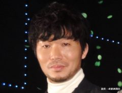 高橋努は『空飛ぶ広報室』『素敵な選TAXI』に出演 小栗旬から顔の変化をツッコまれる「年々、目が…」