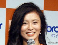 小島瑠璃子のインスタはかわいい画像でいっぱい! インスタライブでおひとりさま人生ゲーム配信?