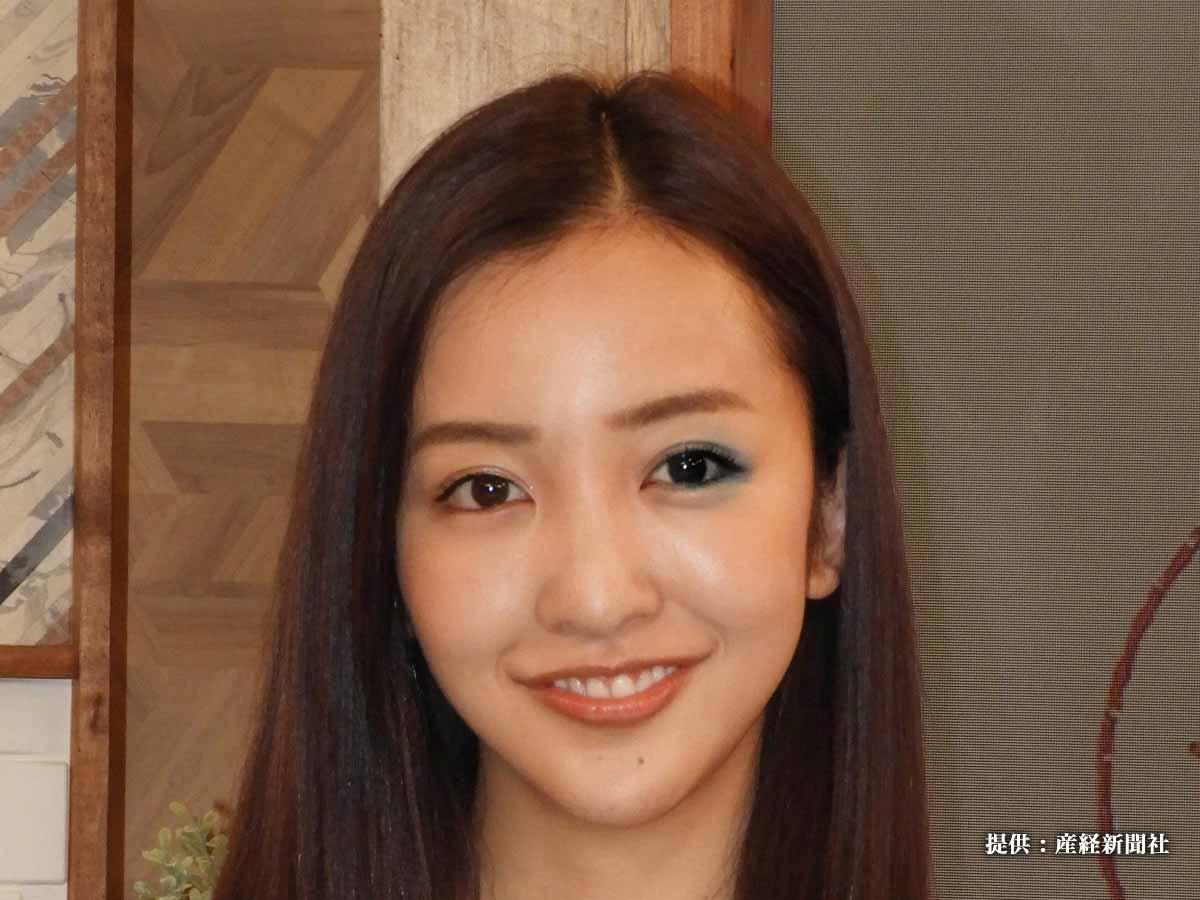 板野友美の妹って見たことある?  姉妹の写真に「ときめいた…」