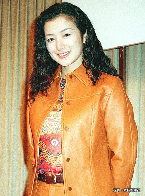 鈴木京香の若い頃の写真に衝撃! 現在の写真と比べてみると…