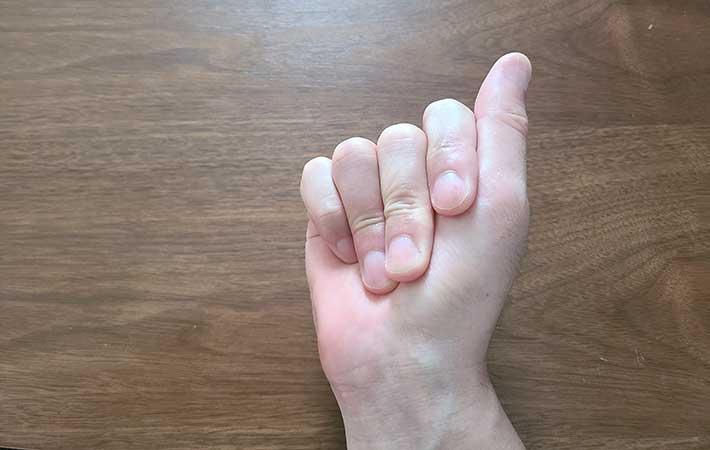 パッチン こつ 指