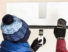 暖房の設定温度を守ると寒い? 温度以外に設定をいじると快適な適温に