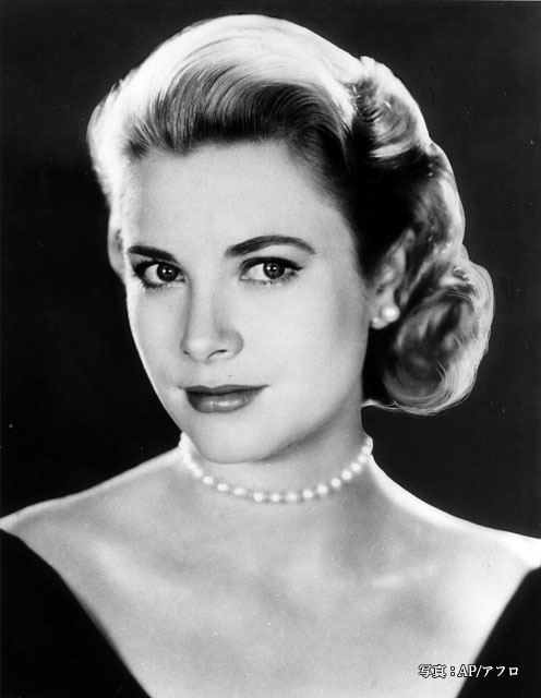 MOVIE ACTRESS GRACE KELLY