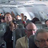 【なんで?】赤ちゃんが泣くたび乗客が笑顔に! 航空会社の粋なサプライズに称賛の声