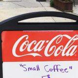 マナーの悪い客に対し、看板を設置したカフェ 素敵なアイディアに称賛の声
