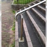 「この階段の手すりは不便、その気持ちわかる?」 気づきづらい『使いにくさ』にハッとする