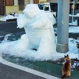 「朝起きたら、近所の雪像が進化しとった!」 レベルが高すぎる雪像が話題に