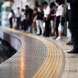 人身事故で電車が止まった ある男性が駅員にいった言葉に「頭いい!」